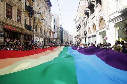 640px-Istanbul_LGBT_Protest